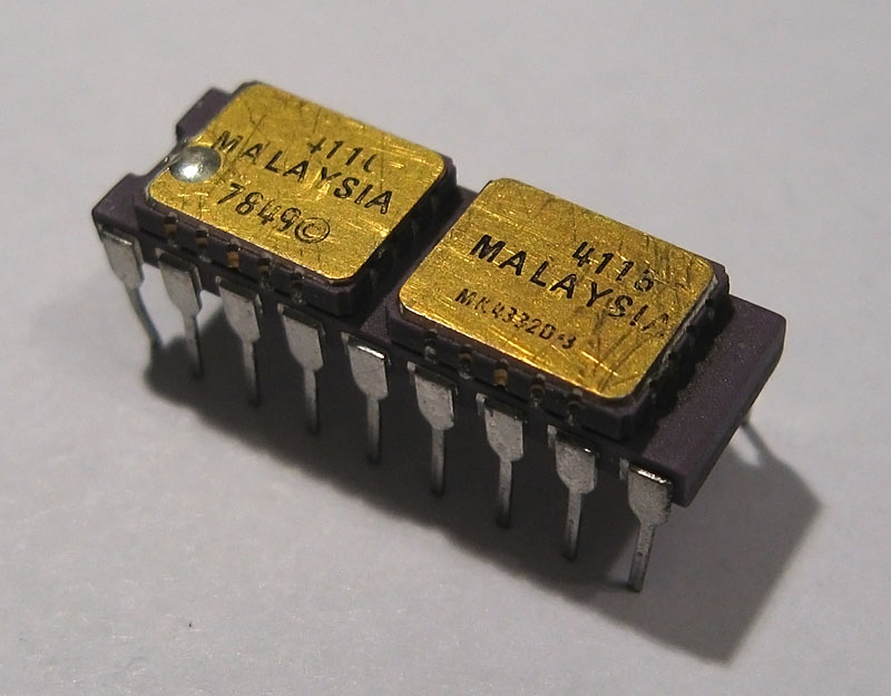 Mostek MK4332D Integrated Circuit